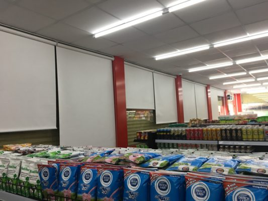 Thi công rèm cuốn siêu thị Mimart quận 12
