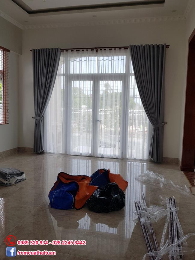 Lắp màn cửa nhà anh Thanh thị xã Vĩnh Long