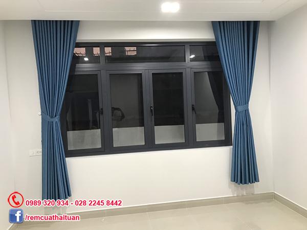 Lắp rèm cửa và rèm ngăn phòng tắm đẹp tại quận Tân Phú