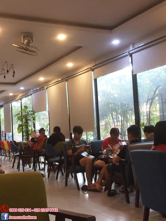 Thi công rèm cuốn quán cafe ở Gò Vấp