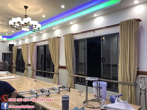Thi công rèm cửa nhà hàng Tuấn Mập tại Tp Phan Thiết