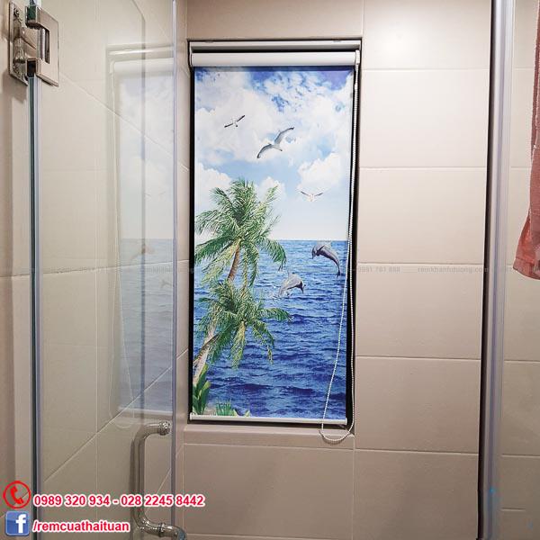 Rèm cuốn tranh cho phòng tắm được khách hàng ưa chuộng